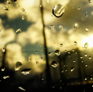 rain-drops-window-002